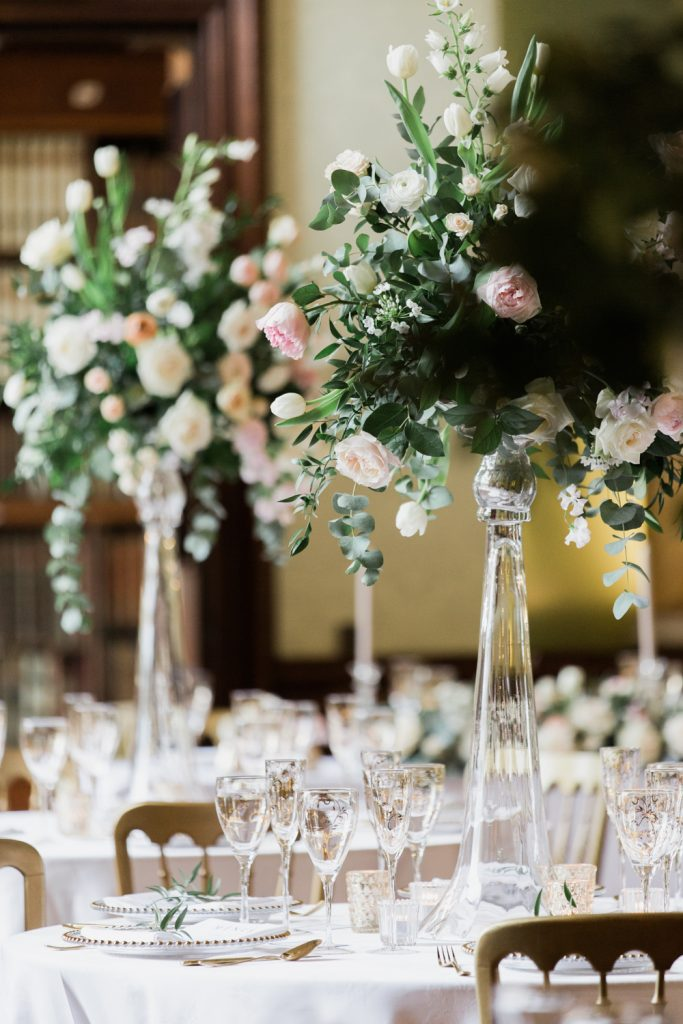 Wedding Flowers By Breige For A Stylish Bridal Inspiration Shoot Weddings At Sandon